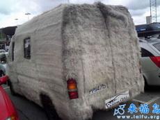 這輛車冬天不開暖氣也會很暖和的吧