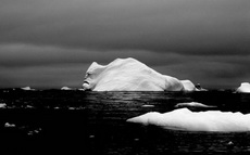 冰山里的潛伏