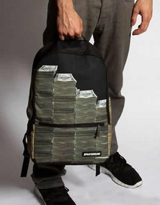 高帅富的背包