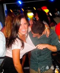 面對喝醉的美女,男人什么都做得出來