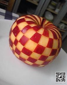 Gucci牌苹果
