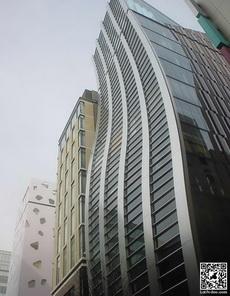 弯弯曲曲的大厦