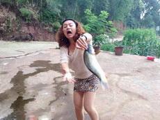 女汉子,有没有考虑过鱼的感受呀