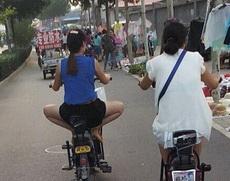 妹子很喜欢这姿势骑车吗?