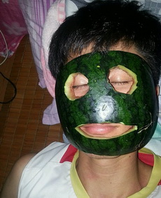 西瓜面膜,滋润脸蛋
