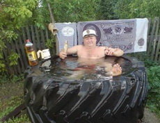 新买了个浴缸!总觉得有什么地方不大对