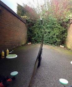 老板,車洗好了!歡迎下次再來!