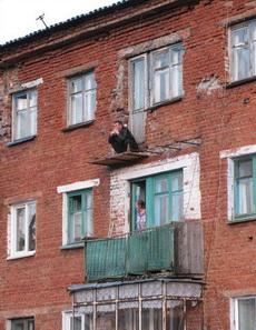 老王在想,今天我去哪家呢?