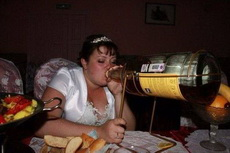 结婚的日子,当然只能喝一瓶了!