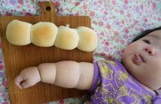 宝宝好强壮啊。