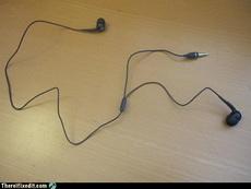 老爸,帮我修一下耳机吧。