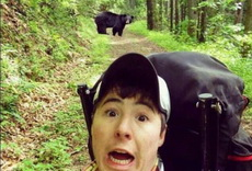 野外遇到黑熊怎么办,在线等,急