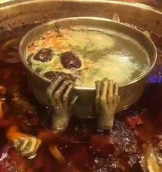 火锅也可以吃成恐怖片