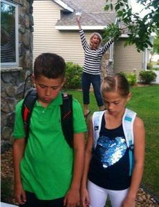 熊孩子终于要开学了!爸妈的心情比奥运夺牌还激动!