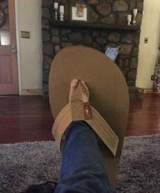 男人都喜欢大一点的鞋