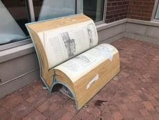 这是凳子还是书我真的分不清了?