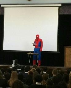 蜘蛛侠来给我们上课了