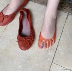 鞋子差点被晒化了