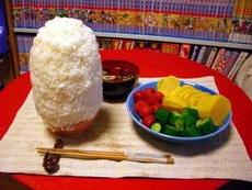 就个水果拼盘吃米饭,简直就是酷刑