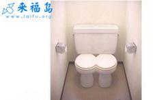 2003经典设计:情侣型厕所