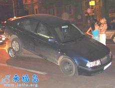 這樣的車禍肯定是女士在開車